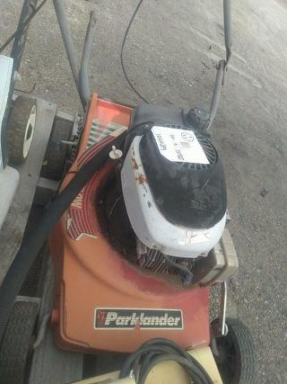 Parklander Mower (Walk Behind) Photo