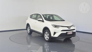 2017 Toyota Rav 4 A4 GX ZSA42R 5D 4x2 Photo