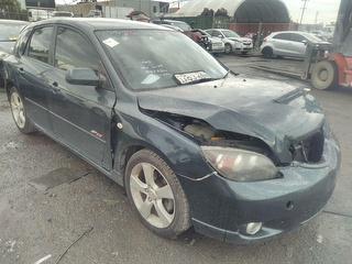 2004 Mazda 3 SP23 Hatch Photo