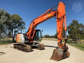 2010 Hitachi ZX225US-3 Excavator Located IN Pakenham SWL 1,000kg Photo