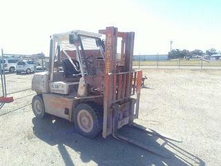 1998 Hyster H4. 00XL-5 Forklift (GP) SWL 4,000kg Photo