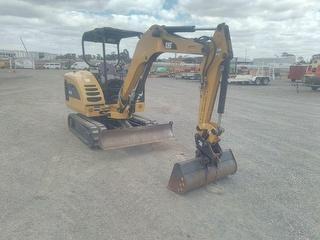 2010 Caterpillar 302.5C Excavator Photo