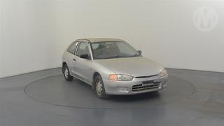 1997 Mitsubishi Mirage CE 3D Hatch Photo