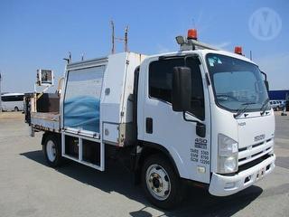 2011 Isuzu NQR450 Medium Tipper GCM 12,200kg Photo