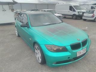 BMW Sedan Photo
