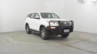 2018 Toyota Fortuner GX 5D 4WD Photo