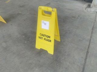 Unknown WET Floor Sign Photo