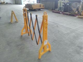 Edge Saftey Temporary Expanding Barrier Barrier Photo