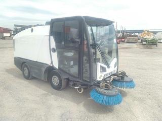 2015 Bucher CN201 Street Sweeper Photo