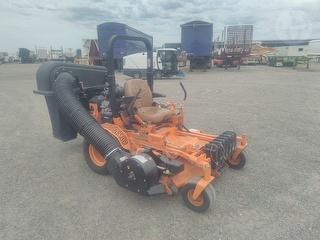 Scag ST61V Mower (Ride on) Photo