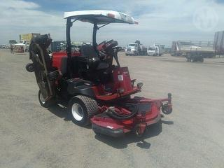 2015 Toro 4000d Mower (Ride on) Photo