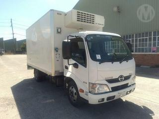 2014 Hino Dutro 300 616 Pantech *unregistered,no Plates* GVM 5,500kg Photo
