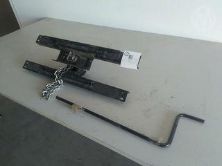 Custom Spare Wheel Carrier Spare Parts Photo