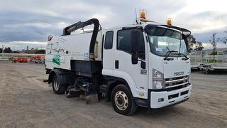 2012 Isuzu FSR850 Long Sweeper Street GVM 14,000kg Photo