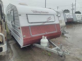 1997 Windsor Sunchaser Caravan Photo