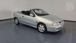 2001 Renault Megane Expression 2D Cabriolet Photo
