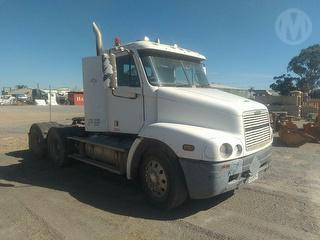 2001 Freightliner C112 Prime Mover GCM 90,000kg Photo