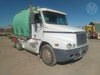 2001 Freightliner FLX Prime Mover GCM 70,000kg Photo