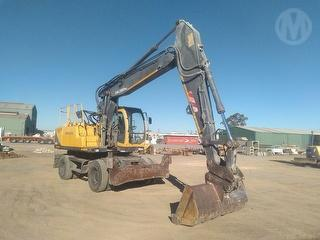 2002 Volvo EW170 Excavator 2 Axle SPV - Ov SWL 2,980kg Photo