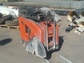 2014 Husqvarna FS4800 With Ramps And Blad Concrete saw Photo