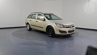 2005 Holden Astra AH CD 5D Station Wagon Photo
