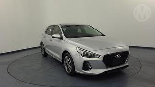 2017 Hyundai i30 PD 2.0P Active 5D Hatch Photo