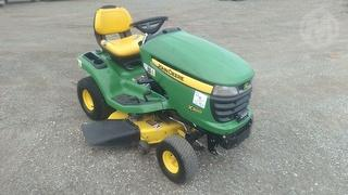 2013 John Deere X300 Mower (Ride on) Photo