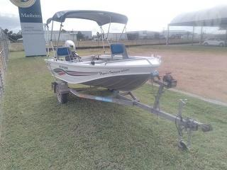 Quintrex BE38EX2L 385 Explorer Outboard Motor Sold With Trailer VIN 6H4RE121305001649 Photo