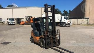 Toyota 42-7FG25 Forklift (GP) Photo
