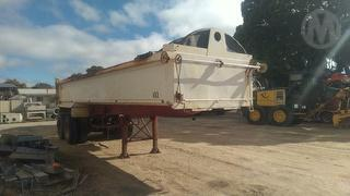 1991 White Tipping Trailer Photo