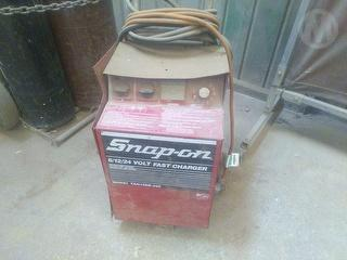 Snap-on YAH166B-240 Battery Charger Workshop Equipment (GP) Photo