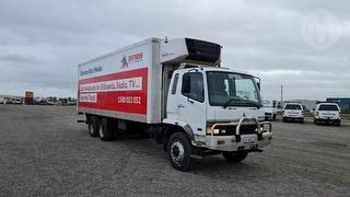 2000 Mitsubishi FM 600 Pantech GCM 25,000kg Photo