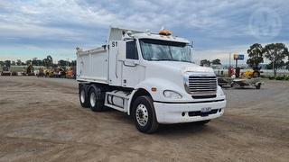 2010 Freightliner Columbia Tipper GVM 24,000kg Photo