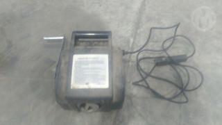 Electric Winch 2000 LB. 12V Workshop Equipment (GP) Photo