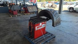 Coats 1250 Wheel Balancer Workshop Equipment (GP) Photo