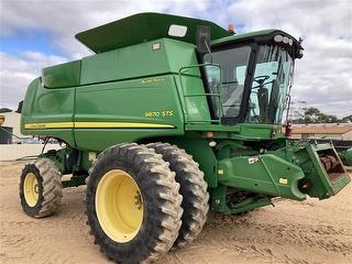 2009 John Deere 9870 No Front Harvester (Grain) (SA) Photo