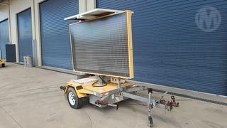2009 Ventech VMS 400c Variable Message Board ATM 1,360kg Photo