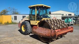 Dynapac CA352PD Roller (Compactor) Photo