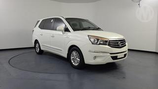 2014 Ssangyong Stavic 5D S/Wagon Photo