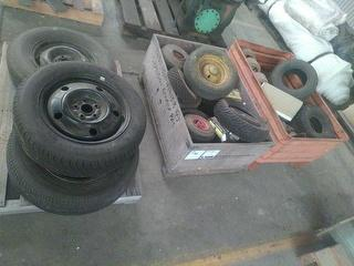 Custom Wheels And Tyres Spare Parts Photo