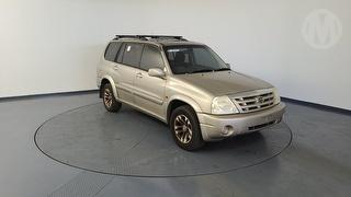 2004 Suzuki XL-7 5D S/Wagon Photo