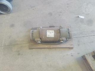 Bell & Gossett D71-T oil-less Compressor (Workshop, Dom Photo