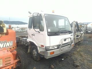 2003 UD MK240 Cab Chassis GVM 10,400kg Photo