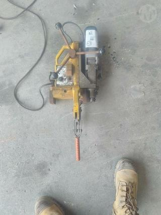 Uni- Trak 100 Rail Drill Drill Photo
