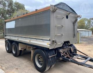 2005 Tefco Tipping Trailer ATM 25,500kg Photo