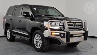 2018 Toyota Landcruiser 200 Sahara 4WD Photo