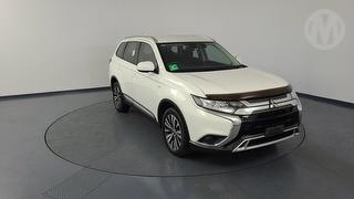 2018 Mitsubishi Outlander ZL ES ADAS 5D S/Wagon (QFleet) Photo