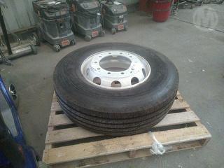 Michelin 295/80 R22.5 Wheel Photo