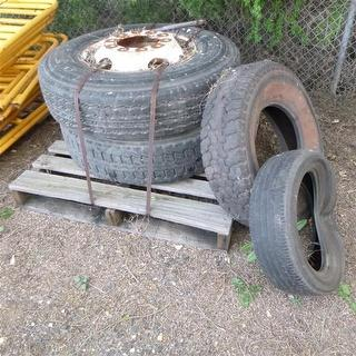 Custom Tyres 1 Pallet Photo