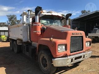 Mack R611 Tipper (NSW) Photo